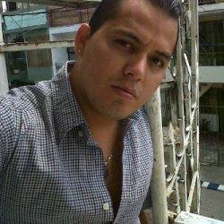 Chico busca chico en Contactos Colombia