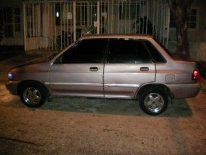 Ford Fiesta 1998, Manual